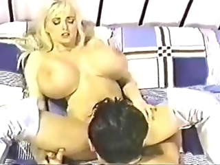 Wendy Whoppers Retro tits