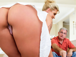 Ryan Conner & Bill Bailey in Take A Seat On My Dick - Brazzers big ass big tits blonde